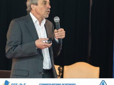 Conferencia del Dr. Alberto León en congreso de fabricantes de pastas